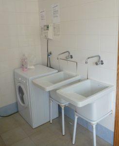 lavanderia 245x300 - Instalaciones